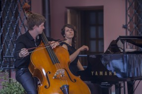 Marek Romanowski - kontrabas, Natalia Tomecka - fortepian